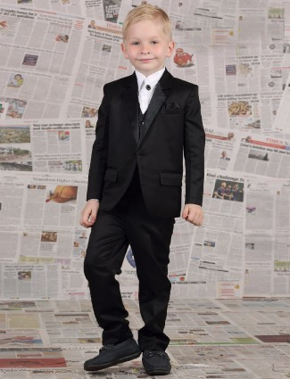 Boys Coat Suit Buy Designer Tuxedo Suits For 1 To 16 Year Boys