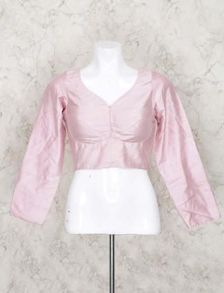 Pretty pink blouse in raw silk fabric