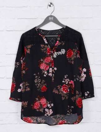 Printed black top in cotton