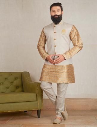 Printred mustard yellow color mens waistcoat set