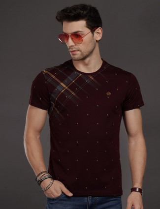 Psoulz presented maroon printed t-shirt