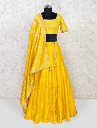 Raw silk yellow lehenga choli for wedding