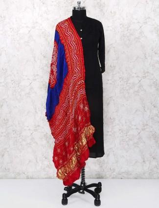 Red color dupatta in gajji silk