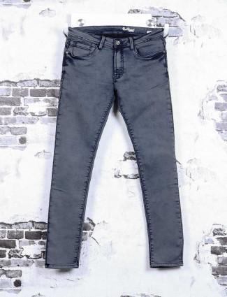 Rex Straut simple blue jeans