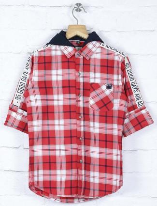 Ruff checks pattern red and white shirt
