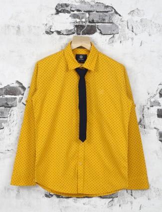 Ruff yellow shirt