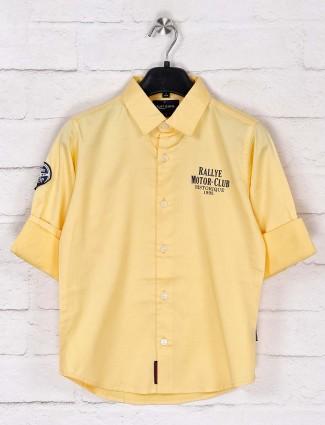 Ruff yellow solid slim collar shirt