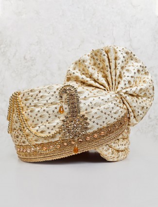 Silk cream turban for groom