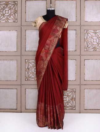 Simple maroon color georgette fabric saree