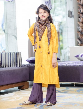 Simple yellow silk palazzo suit