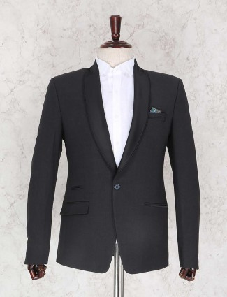 Solid black coat suit for mens