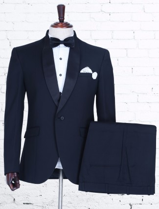 Solid knitted black coat suit