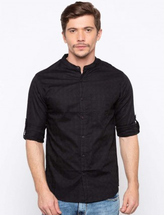 Spykar solid black slim fit shirt