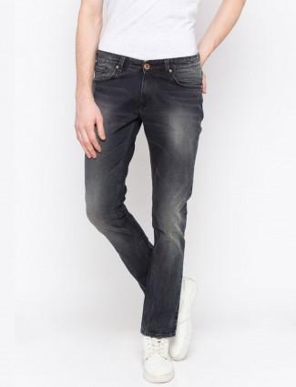 Spykar solid navy hued slim fit jeans