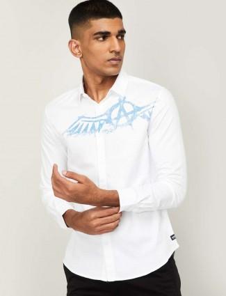 Spykar white printed casual mens shirt