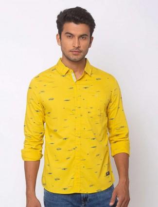 Spykar yellow printed cotton shirt