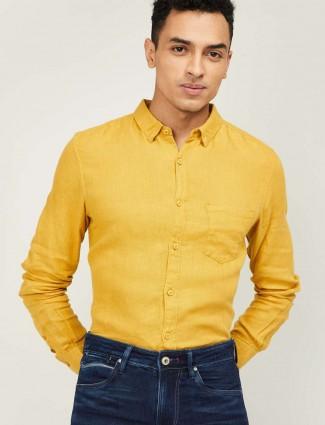 Spykar yellow solid linen slim fit shirt