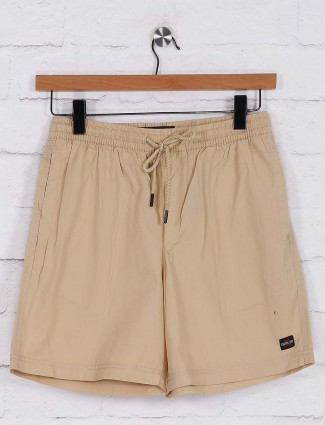 Status Quo simple beige hue shorts