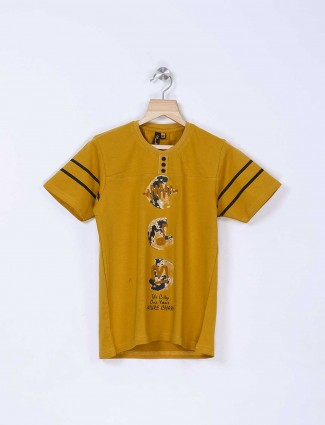 Stride mustard yellow t-shirt