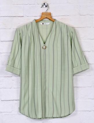 Stripe casual top in green