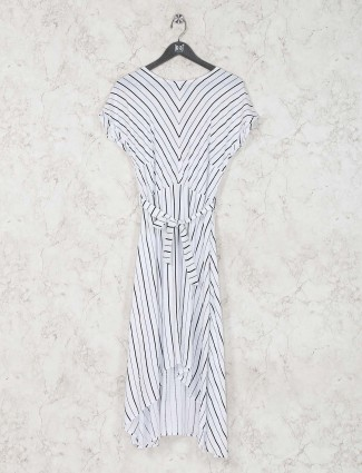 Stripe white cotton dress in casual wear
