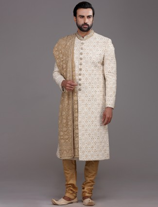 Stylish cream silk sherwani with thread work