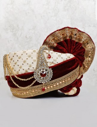 Turban in cream maroon velvet