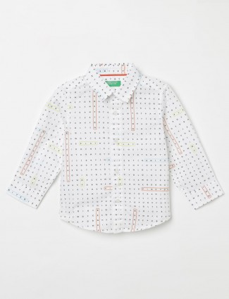 United Colors of Benetton white printed boy shirt