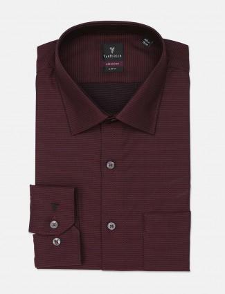 Van Heusen maroon solid pattern shirt
