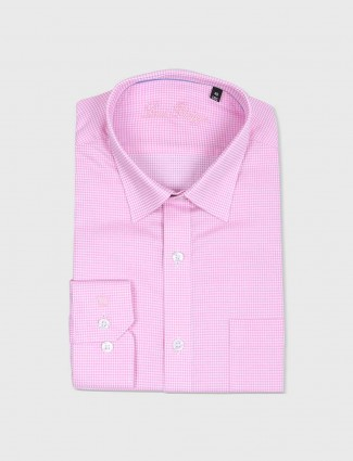 Van Heusen pink checks shirt
