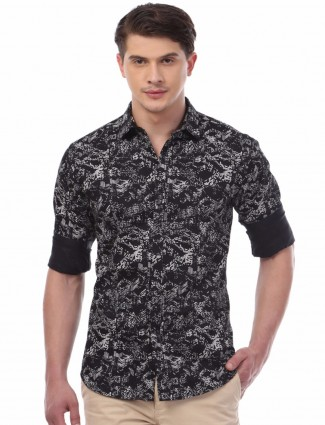 Van Heusen printed black cotton slim fit men party wear shirt