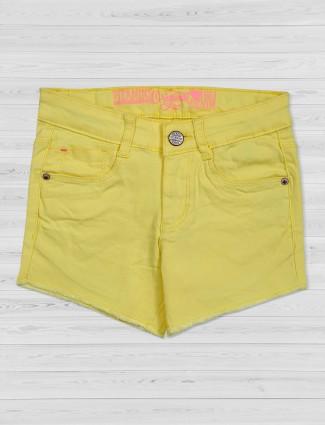 Vitamins denim yellow solid shorts