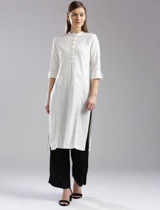 W white color cotton casual wear kurti