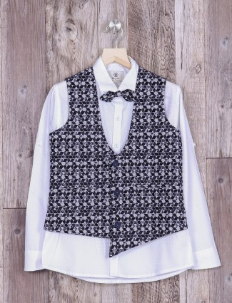 Waistcoat in navy color printed pattern