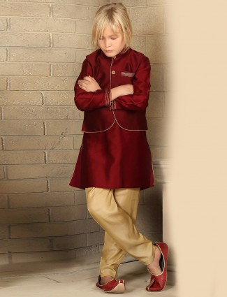 Wedding wear solid maroon waistcoat set