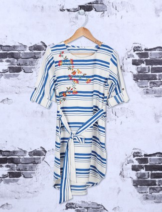 White and blue stripe cotton top