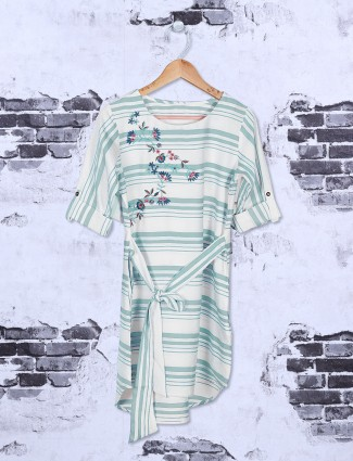 White and teal cotton top for casual wear