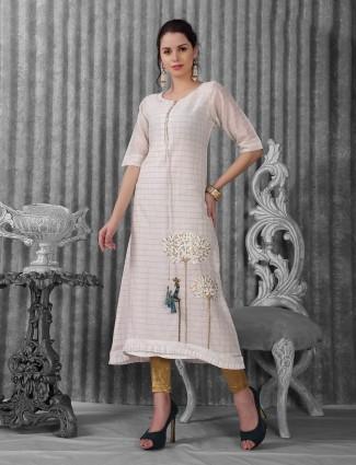 White festive wear kurti in cotton silk