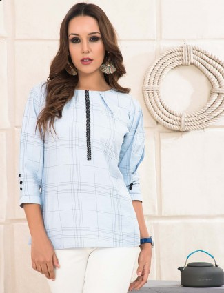Light blue pretty cotton top