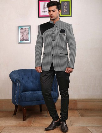 White hue textured pattern jodhpuri suit