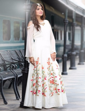 White party wear kurti in silk fabric