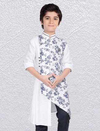 White printed short kurta in cotton