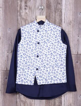 White printed waistcoat