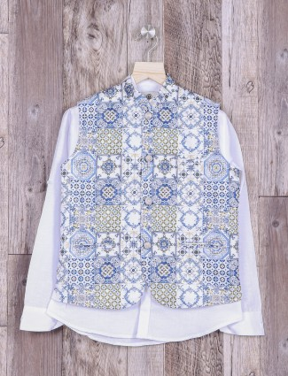 White printed waistcoat for boys