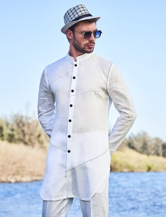 White solid mens kurta in cotton