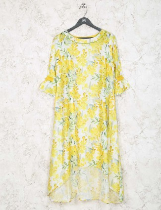 Yellow colored casual wear cotton fabric kurti
