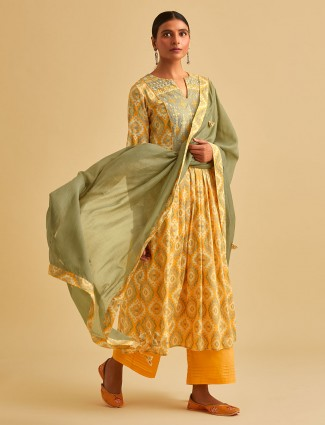 Yellow cotton keyhole neck printed palazzo suit