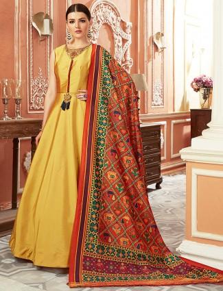Yellow hue floor length anarkali salwar suit in cotton silk fabric