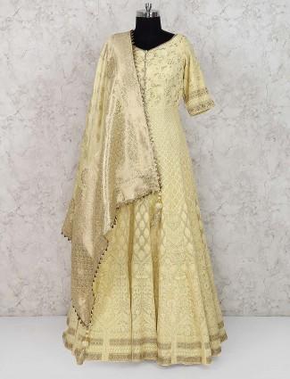 Yellow hue pretty floor legth anarkali salwar suit