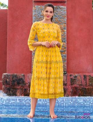 Yellow kurti in cotton printed